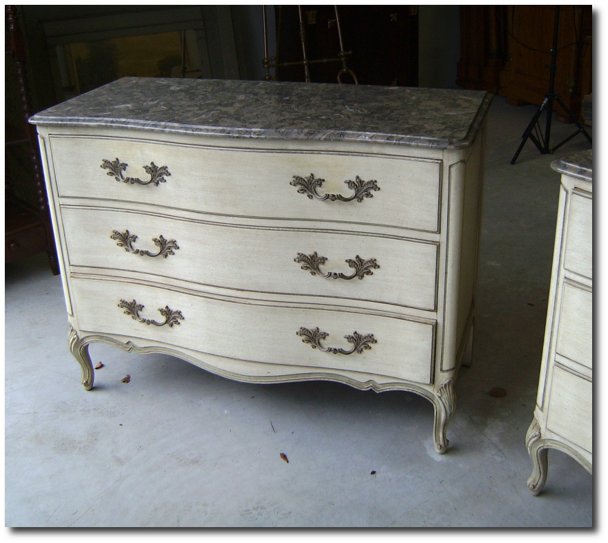 Charmant Henredon French Louis XV Style Marble Top Dressers