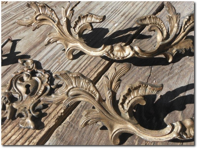 Antique Vintage French Provincial Style Brass Drawer Pulls Furniture  Hardware