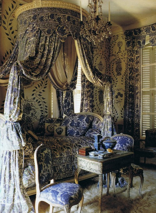 Ted and Lillian Williams chateau in Normandy France Picture Credit Tweedland And the Gentlemans Club Blog 500x682 Swedish Furniture Painting: Furniture & Wall Stencils