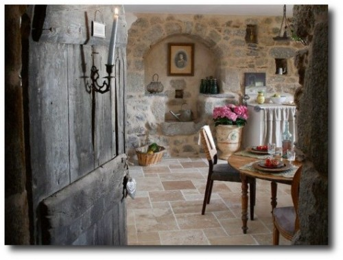 Primitive-Rustic-Provence-Decorating-Ideas-Shabby-Chic-Mania-500x372