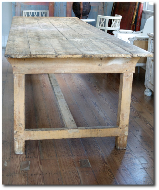Captivating French Farmhouse Table