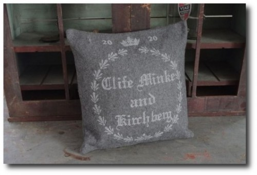 Gray-Wool-Grain-Sack-Pillow-From-Pink-pig-on-esty-500x331