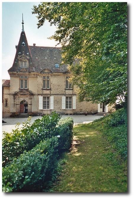 Château de Bresson ~ Moissieu-sur-Dolon ~ Isère ~ France