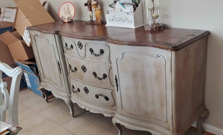 Beautiful Vintage Furniture Finds On Facebook